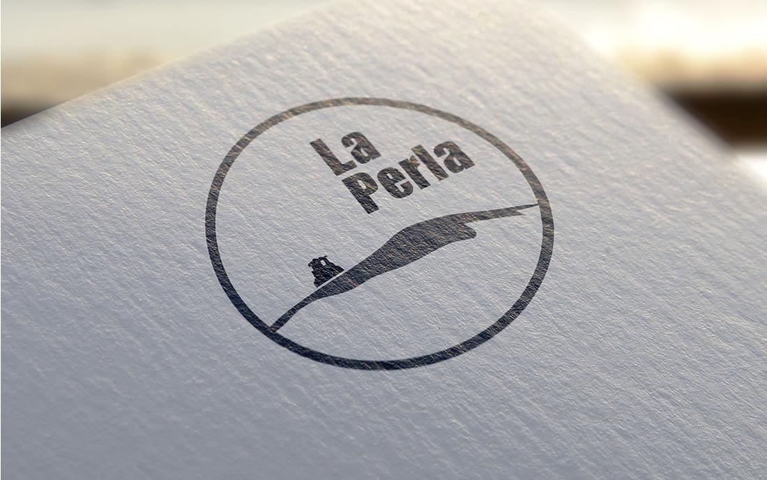 Branding Cueva La Perla: logotipo aplicado a papelería